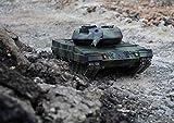 XL Poster Leopard 2A6 Panzer RC I Größe 84x60 cm I hochauflösendes Fotoposter I Panzer Poster I
