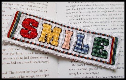Smile-Kit punto croce segnalibro a punto croce-Smile from Emma Louise Art Stitch