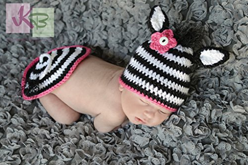 Crochet Zebra Hat and Bum Cover (English Edition)