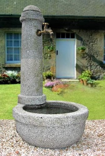 Granitbrunnen'Auhof'