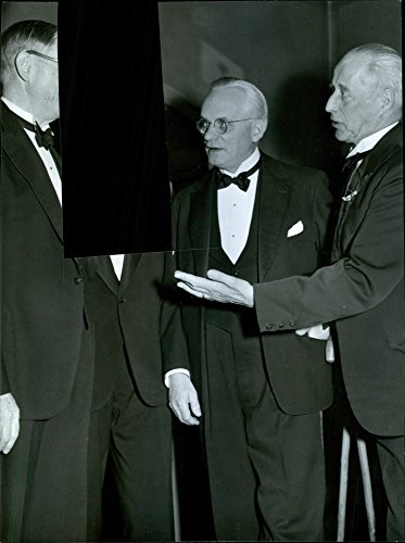 vintage-photo-of-f-nordstrom-g-lundeqvist-and-g-lund-at-the-society-fauna-70th-anniversary