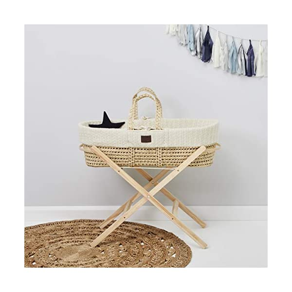 The Little Green Sheep Natural Knitted Moses Basket and Mattress, Linen The Little Green Sheep Create the most natural sleeping environment with the little green sheep's stunning organic knitted mosses basket Comes with a strong natural palm leaf basket and a chemical-free little green sheep mattress Includes a beautiful certified organic knitted cotton liner 2