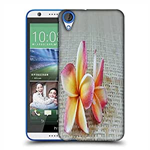 Snoogg butterfly on flowers Designer Protective Back Case Cover For HTC Desire 820