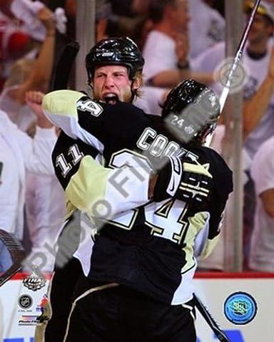 Jordan Staal / Matt Cooke - '09 NHL Stanley Cup Finals / Game 6 Photo Print (50,80 x 60,96 cm)