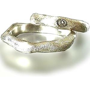 Individuell gestaltete Eheringe aus Sterlingsilber mit Brillant - handgefertigt by SILVERLOUNGE