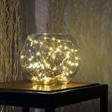 BUYERTIME 5M/16.4Ft 50 LEDs Cadena de Luces Impermeable Flexible de Alambre de Plata con Caja de Batería AA(Batería No Incluye) para Iluminación DIY, Navidad y Decoración Fiesta - Blanco Cálido