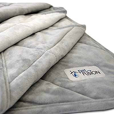 """PetFusion Premium Plus Quilted Dog Blanket (53x42""""). Light Inner Fill 70GSM by PetFusion"""