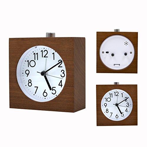 Réveil en bois carré