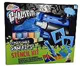Chalkfiti Grafiti Straßenkreide mit Buchstaben Schablonen Outdoor Kreide Schwamm und Sprühflasche