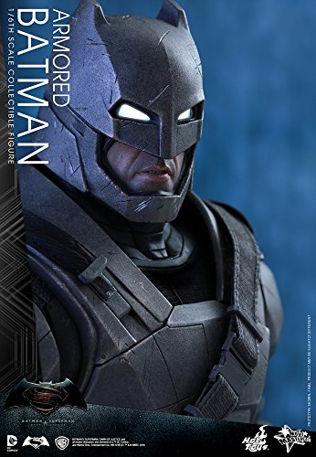 Hot Toys Batman VS Superman - Figura de Batman, Escala 1:6, diseño con Texto en inglés Armored Batman, Color Negro y Gris 6