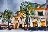 Posterlounge Acrylglasbild 180 x 120 cm: Schiefes Haus in Sopot von Editors Choice - Wandbild, Acryl Glasbild, Druck auf Acryl Glas Bild