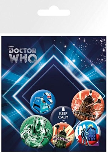 Set: Doctor Who, Retro, 4 X 25mm & 2 X 32mm Buttons Button Pack (15x10 cm) Inklusive 1x 1art1® Überraschungs-Sticker Dr Who Anstecknadel