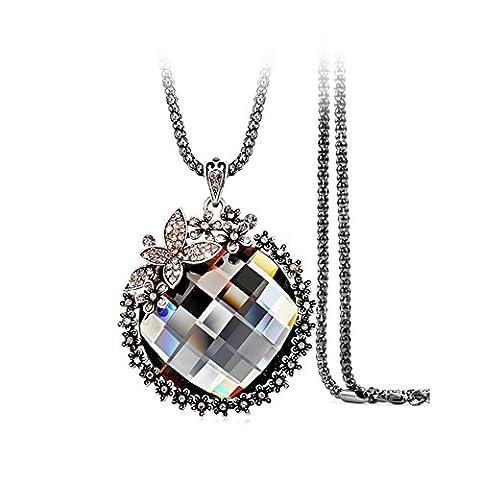 Z-P Women's Vintage Style Long Pattern Butterfly Flowerlet Pendant Crystal Necklace Sweater Chain Dress Accessories