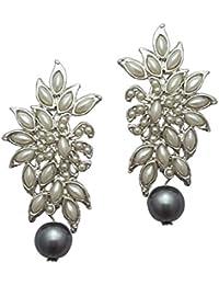Moonstruck Flower Stud Earring With Pearl (Grey)