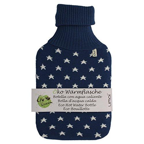 UMOI Öko Wärmflasche 2 Liter mit hochwertigem Strickbezug und Sternen Muster (Blau)