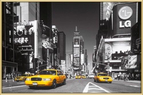 Poster mit Rahmen 61 x 91,5 cm, Gold - Times Square - Yellow Cab gerahmt - Antireflex Acrylglas