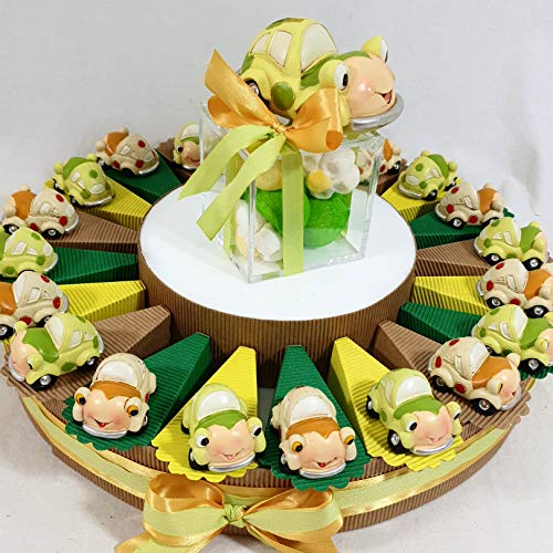 Torta bomboniere Battesimo Compleanno Auto macchinina (Torta da 20 fette + Centrale + 20 Oggetti + Confetti)