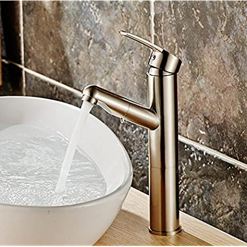 cucina di casa miscelatore doccia rubinetto vasca