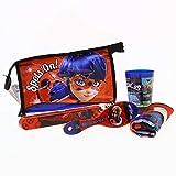 Ladybug - Set di viaggio per bambini (Beauty case, spazzola per capelli, porta spazzolino, bicchiere in plastica, tovaglia 38x38cm) immagine