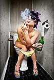 Wallario Poster - Kloparty - Sexy Frau auf Toilette Zigarette und Schnapsflasche - farbig in Premiumqualität, Größe: 61 x 91,5 cm (Maxiposter)
