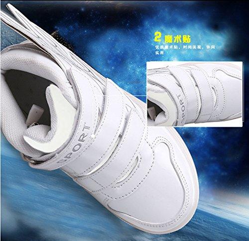 Gaorui Kinder Jungen Mädchen Unisex Multi-Color-Blink Turnschuhe mit Bunte LED aufladende leuchtende Sportschuhe Sneakers mit Flügel-Art mit USB Outdoor 4 Colors Modes Shoes, super tolles Geschenk Weiß