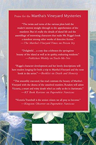 Bloodroot: A Martha's Vineyard Mystery (Martha's Vineyard Mysteries)
