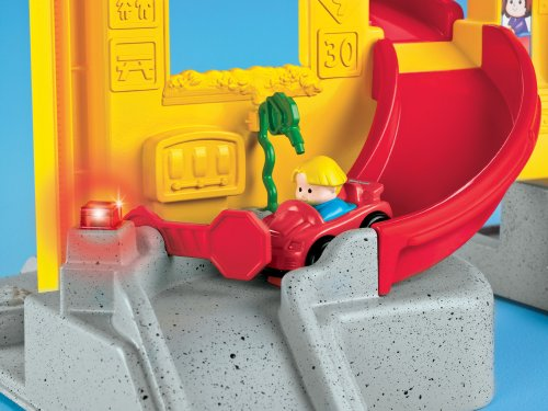 Image of Fisher-Price Little People Wheelies Stand and Play Rampway Playset