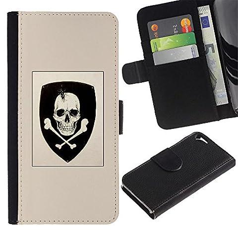 RenCase / Housse Etui en cuir pour Apple Iphone 5 / 5S - Coat Of Arms Skull Emblem croisés