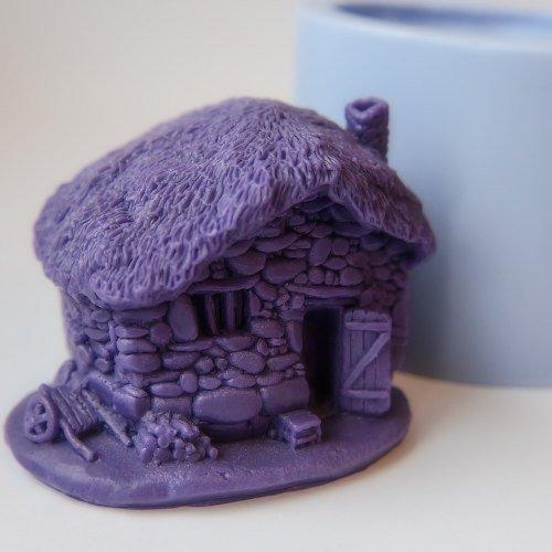 stampo-in-silicone-per-uso-artigianale-rappresentante-il-calco-di-casa-di-pietra-fattoria-ottima-per