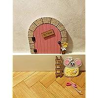 Puerta mágica Ratoncito Pérez que se abre, MADERA ROSA, incluye ratón guardadientes y escalera.