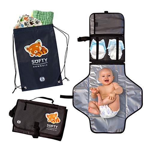 Fasciatoio portatile pieghevole SOFTY NEWBORN - Kit da viaggio completo di 2 bavaglini e 2 soffici salviette neonato in puro cotone - In REGALO: esclusiva Sacca Zaino, comoda e leggera