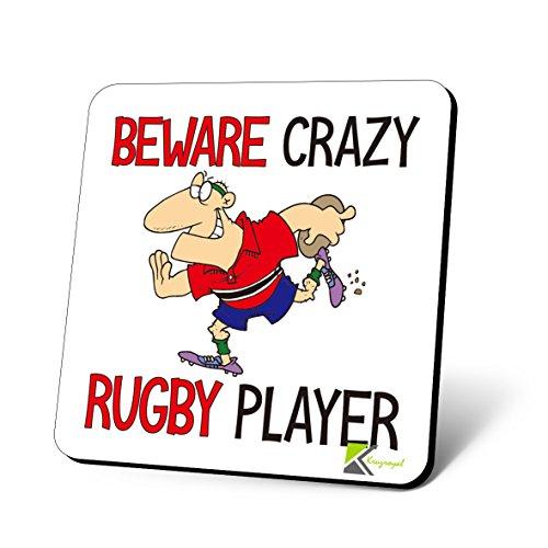 cs803BEWARE Crazy Rugby Player Neuheit Funny Kaffee Tee Getränk Geschenk glänzend MDF Untersetzer aus Holz