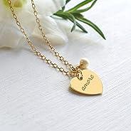 Collana personalizzata con cuore in oro con inciso 'love' o 'amore' e perla d'acqu
