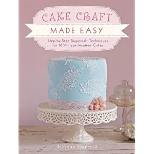 Easy Buttercream Cake Designs: Learn how to pipe ruffles and other patterns with butt