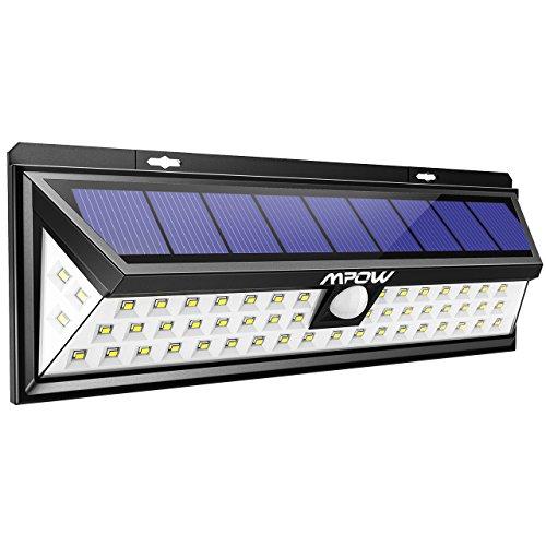 Característica: 54 LED luces proporcionan una iluminación excelente que cubre el área de iluminación más amplio.  Hasta un 17% de tasa de conversión fotovoltaica alcanza una carga eficiente. Diferente de otro sensor de ángulo pequeño, nuestro sens...