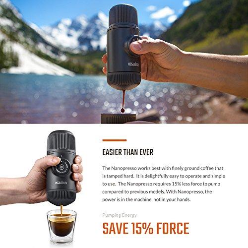 Wacaco Nanopresso Tragbare Espressomaschine mit NS-Adapter, Aktualisierte Version der Minipresso, Kleine Reise-Kaffeemaschine, 18 bar Druck, Manuell betrieben, Perfekt für Campen, Reise und Abenteuer