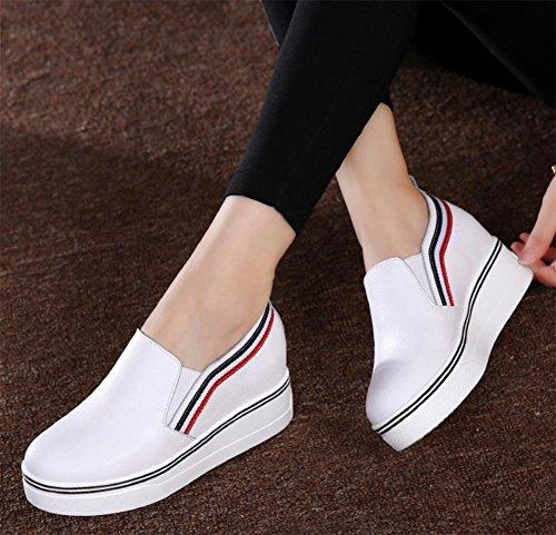 La signora della molla è aumentato scarpe signora scarpe basse nei panni singolare femminile White