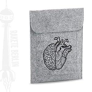 Tablet Filzhülle 'Herz und Verstand – gezeichnet'