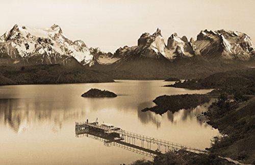 Bilderdepot24 Vlies Fototapete - Torres del Paine - Chile - sephia - Sepia - 230x150 cm - mit Kleister - Poster - Foto auf Tapete - Wandbild - Wandtapete - Vliestapete