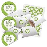 24 kleine Geschenkschachteln Geschenk-Boxen Kartons Holz Optik weiß 14,5 x 10,5 cm + 3 cm hoch + Aufkleber mai-grün SCHÖN, DASS DU DA BIST Herz weiß Ø 4 cm zum selber basteln und befüllen