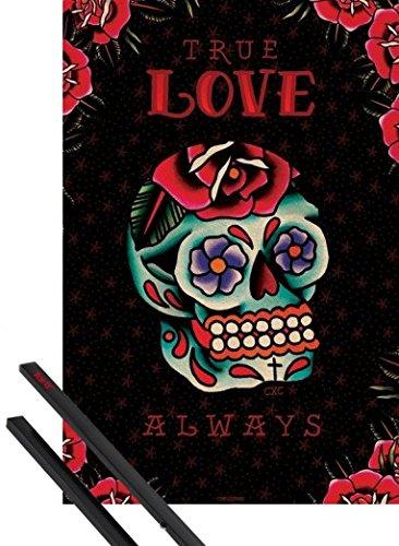 Poster + Sospensione : Tatuaggi Poster Stampa (91x61 cm) Cardxcore, True Love Always E Coppia Di Barre Porta Poster Nere 1art1®