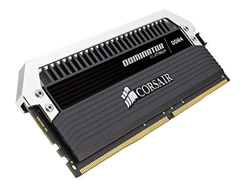 Corsair CMD32GX4M4B3600C16 Dominator Platinum Kit di Memoria per Desktop a Elevate Prestazioni, DDR4 32 GB, 4 x 8 GB, 3466 MHz, Nero