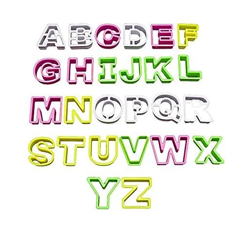 26 Alphabet Keks-Ausstecher Buchstaben Set von Kurtzy aus starkem Kunststoff,
