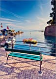 Poster 50 x 70 cm: Bench on The Coast of Garda in Peschiera di Editors Choice - Stampa Artistica Professionale, Nuovo Poster Artistico