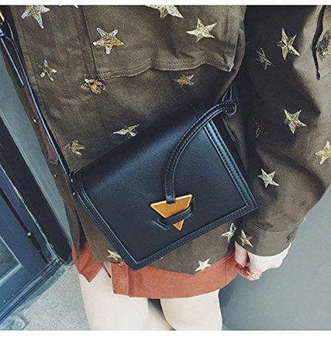 Weibliche mode schuppen paket Schulter diagonale Dreieck metall dekoration kleine quadratische tasche Schwarz