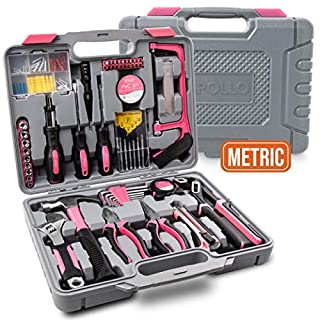 Apollo 120 teiliges Rosa Haushalts Werkzeugset mit den beliebtesten Rosa Werkzeugen: Zangen, Hammer, Maßband, Bügelsäge, Schraubenschlüssel, Schraubendreher und mehr im Werkzeugkasten
