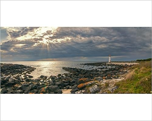 photographic-print-of-port-fairy-lighthouse-beach