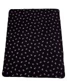 Fleece-Decke Paw Blanket von Jack Wolfskin - kuschelig warm mit schönem Tatzenmuster