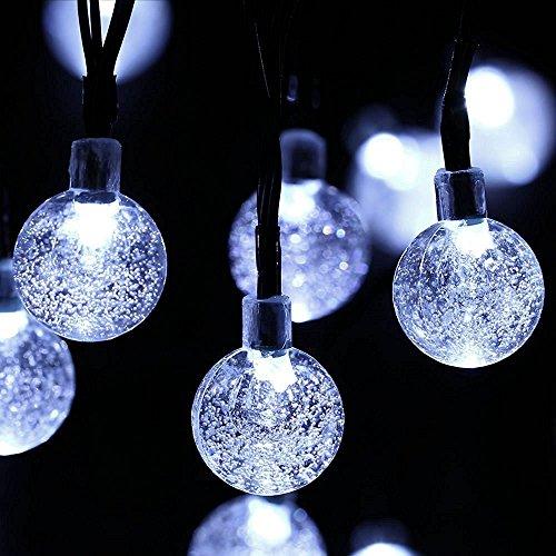 Outdoor Globe Lichterketten, Außen Wasserdicht 30 LED Crystal Ball Solar Lichterketten, Garten, Zaun, Weihnachten, Urlaub, Haus, Hochzeit, Partydekoration Beleuchtung, 21FT, 8-in-1-Modus (weiss) (8in Welle Lange)