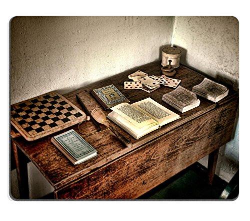 Preisvergleich Produktbild Liili Mauspad Naturkautschuk Mousepad Bild-ID 32343671Antik Kind Play Holz Schreibtisch mit antiken Bücher und Old Games of Vintage Schachbrett und gealterter Spielkarten Spiel Set zusammen einige Toys in eine sein